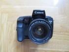 Foto aparat na film Canon EOS 5 sa objektivom 35-80