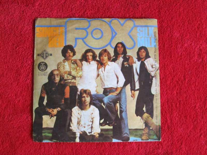 Fox (3) - S-S-S-Single Bed / Silk Milk