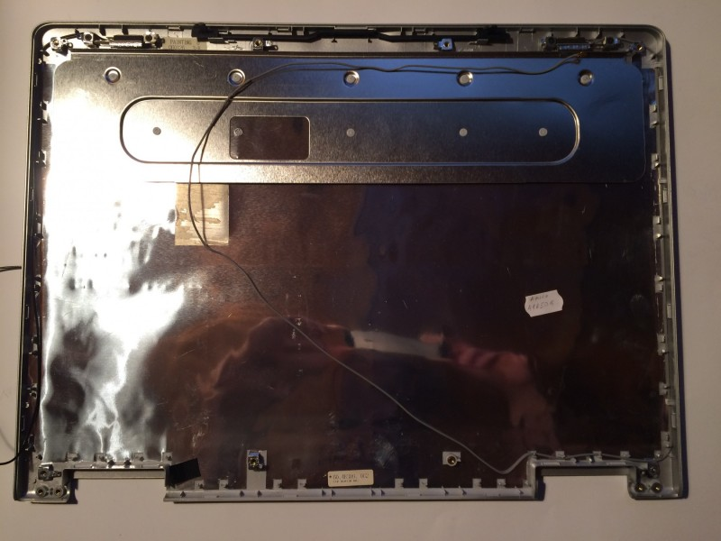 Fujicu Siemens Amilo A1650G poklopac ekrana