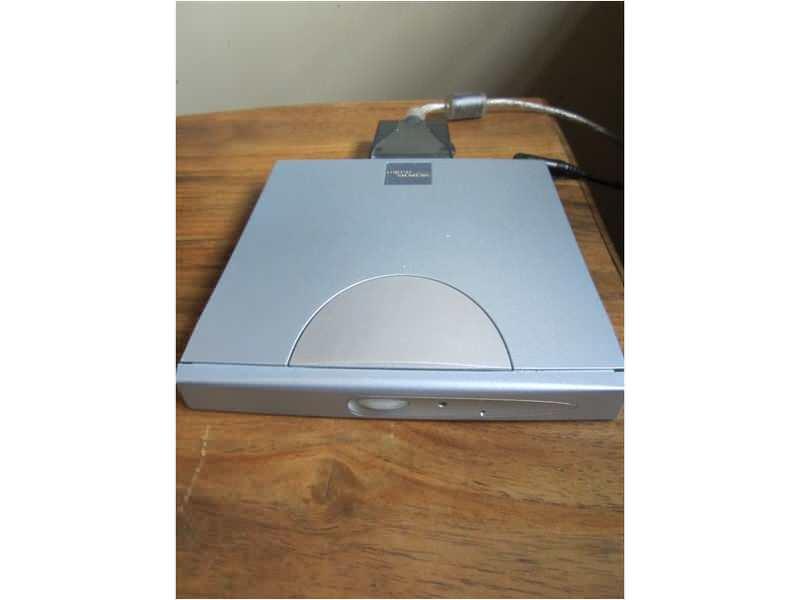 Fujitsu Siemens USB Traveller II Combo-Drive