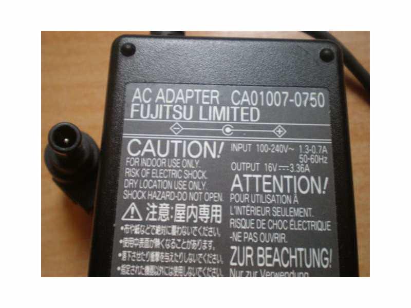 Fujitsu Siemens punjač 16V 3.36A