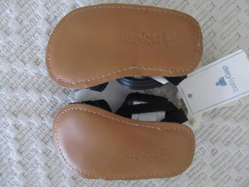 GAP bebi sandale, novo