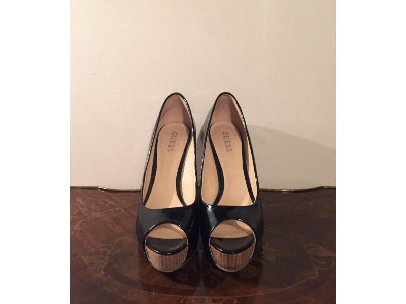 GUESS lakovane cipele
