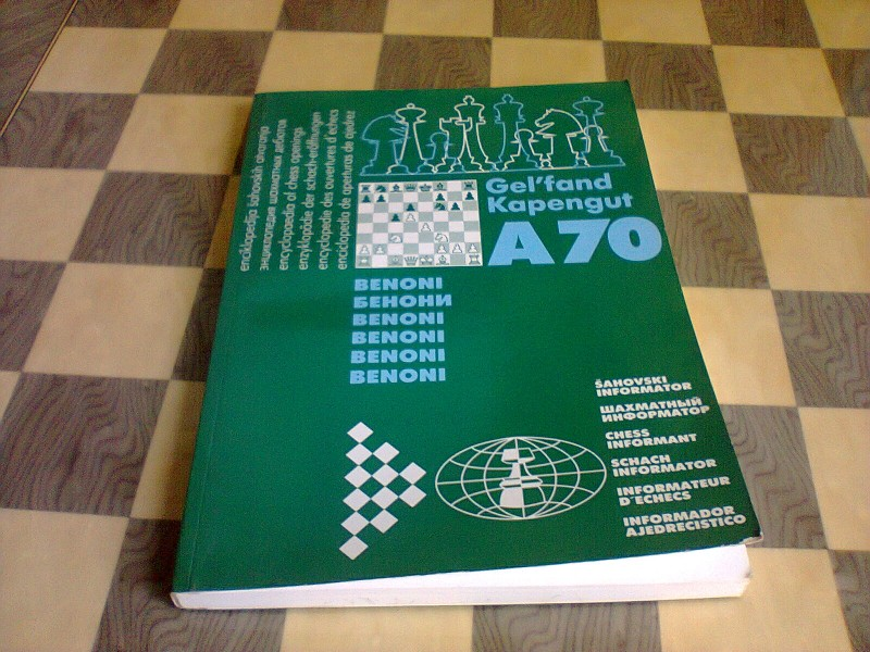 Geljfand/Kapengut - Benoni A-70