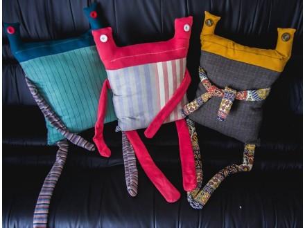 Grimpy Pillow - Jastuk, rucni rad Stvaraonica Različak