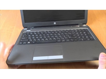 HP 255 G5 APU E2-7110 1.80GHz odlican laptop