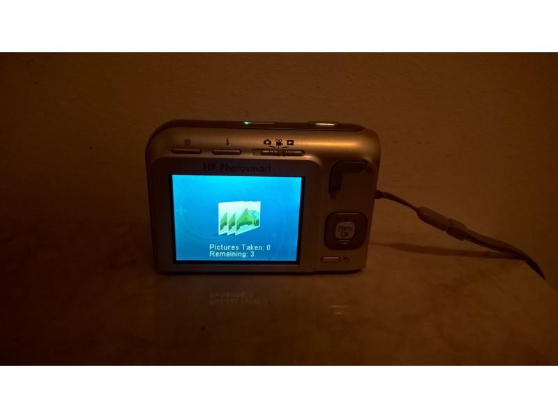 HP Photosmart M537 digitalni fotoaparat 6.0MPx