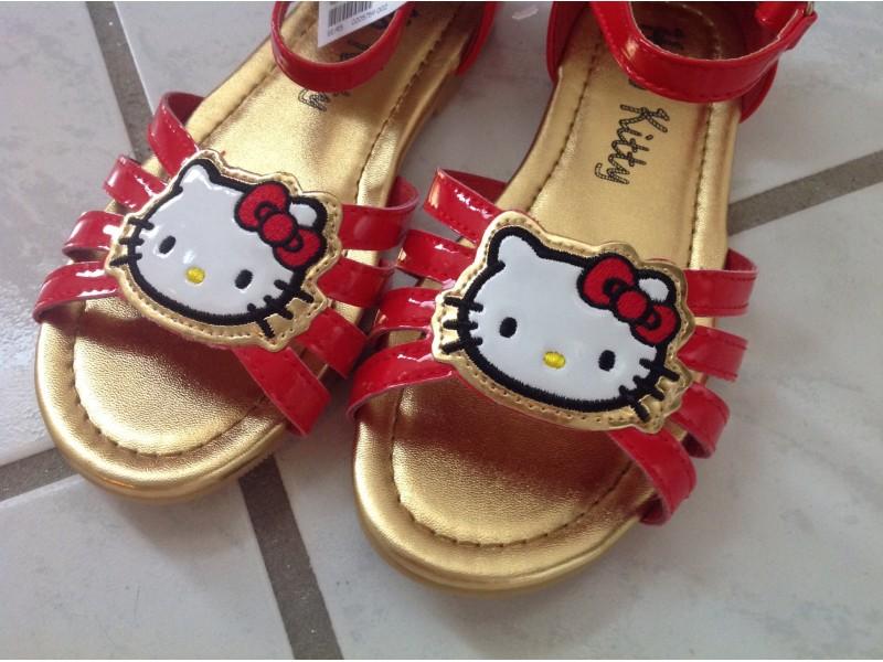 H&M hello KITTY sandale novo sa etiketom,30,31