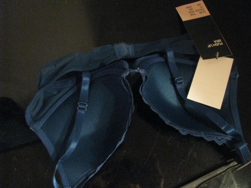 H&M plava čipka,NOVO sa etiketom,push up,75 B, D