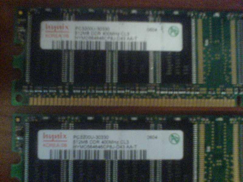 Hynix DDR1 memorija 2x512 MB 400 Mhz