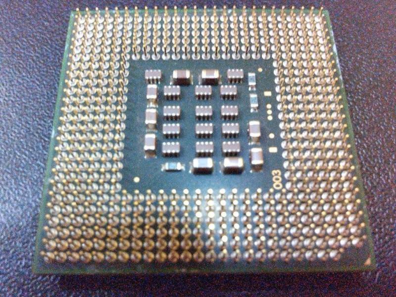 Intel Celeron D 2.4GHZ, Socket 478 (mPGA478B) + BOX kuler