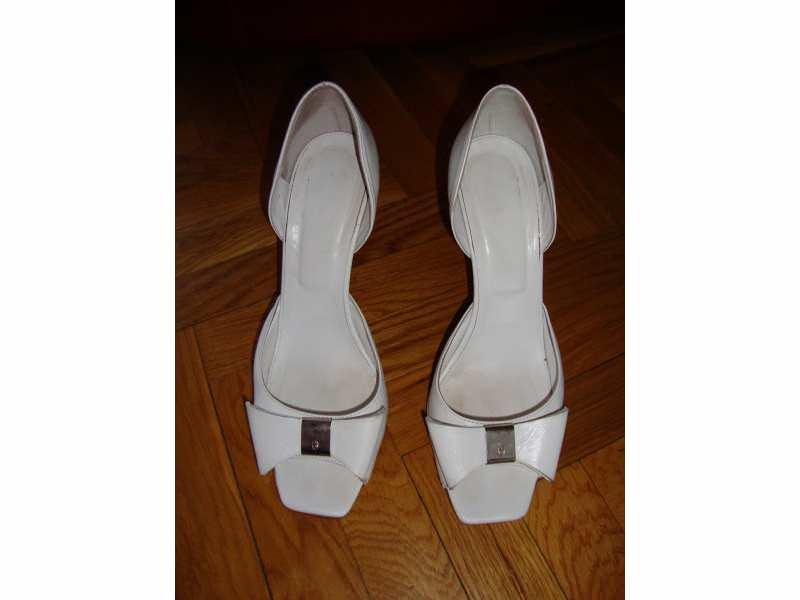 Italijanske kozne sandale br 38