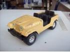 JEEP CJ-7  burago  metalni 1/24 Made in Italy