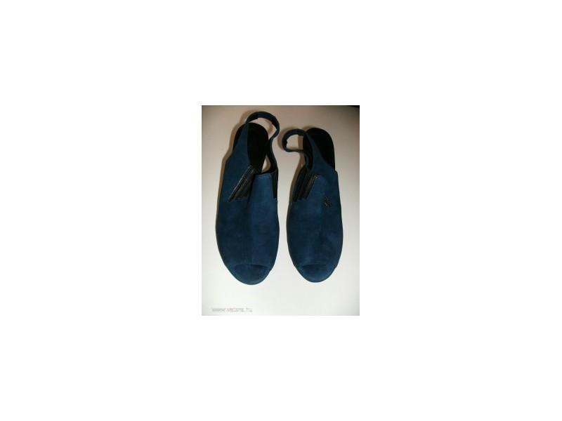 JONES sandale