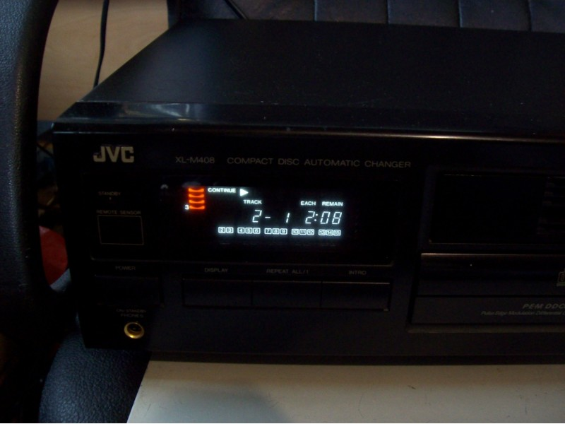 JVC CD AUTOMATIC CHANGER XL-M408BK (6 disc)