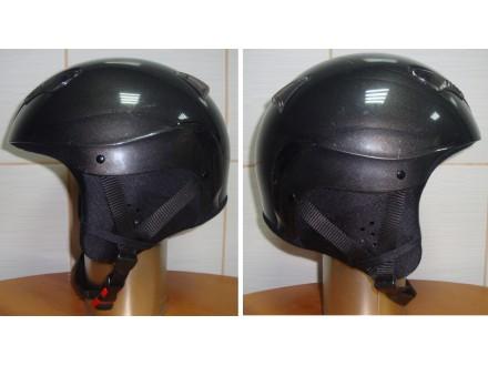 Kaciga za skijanje ili snowboard marke Uvex 1 (54cm)