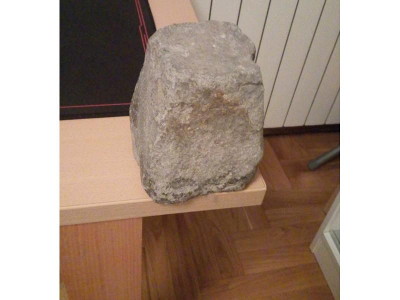Kamen iz Koloseuma