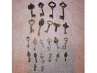 Ključevi za dekoraciju i nakit, Lot 3, 23 komada