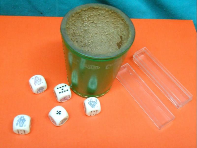 Kocke za poker + KOŽNA ČAŠA