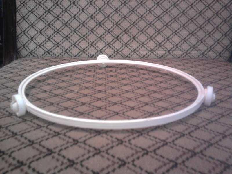 Kotrljajuci nosac tanjira za mikrotalasnu rernu