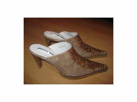 Kozne  papuce br.39