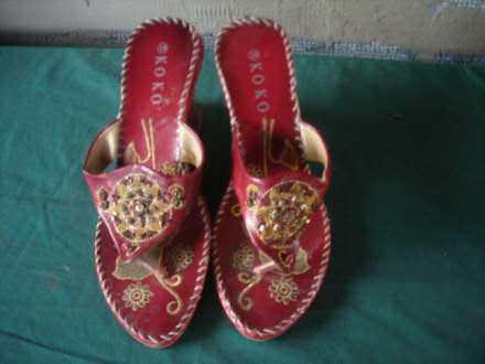 Kozne papuce sa vezom