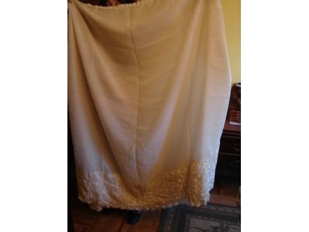 Kratka zavesa od markizeta