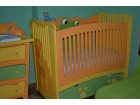 Krevetac i komoda za bebu