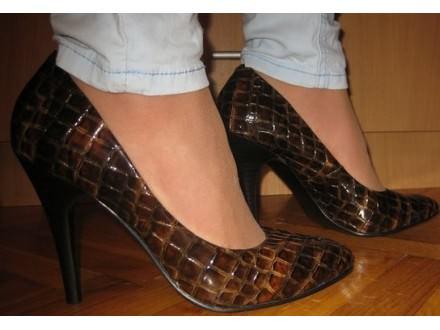 Kroko lakovane cipele