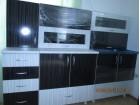 Kuhinja crno-bela matrix u sjaju sa armotizerima