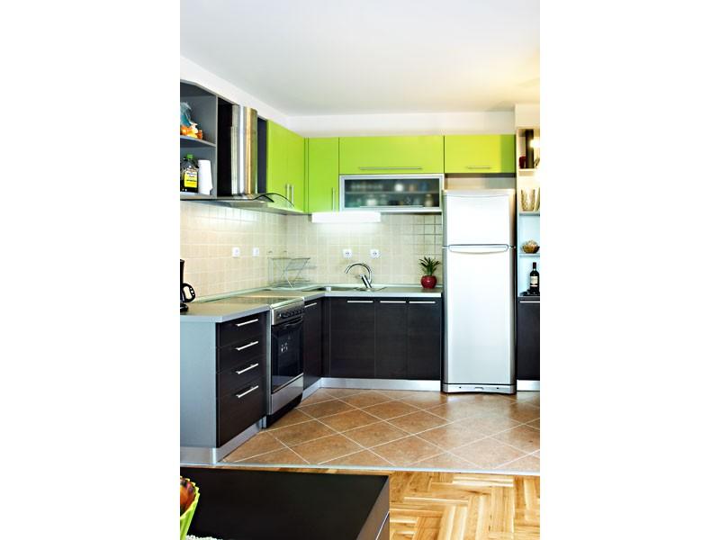 kuhinje po meri 9514109. Black Bedroom Furniture Sets. Home Design Ideas