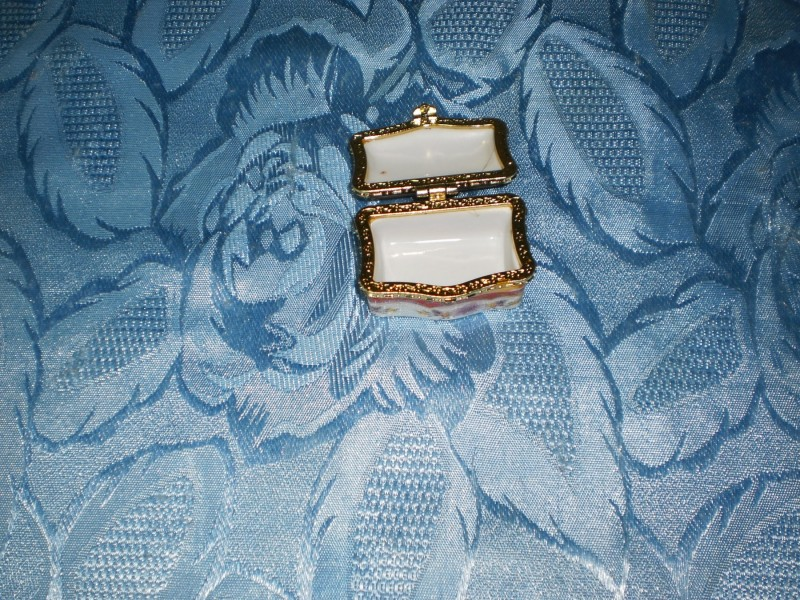 Kutija za nakit - 5x4 sm