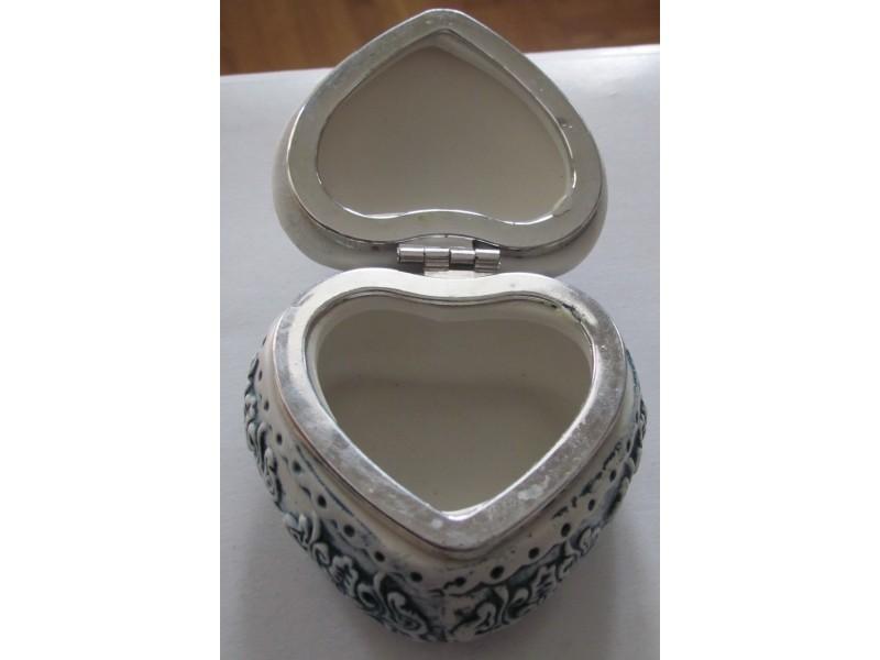 Kutija za nakit srce
