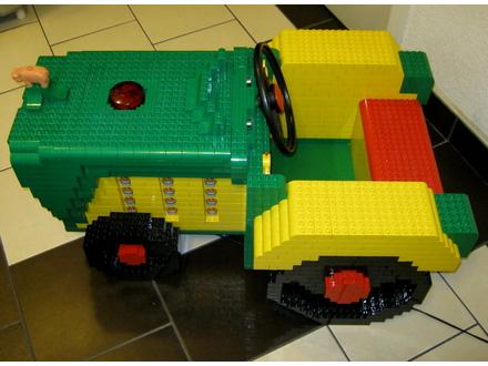 LEGO unikatni, stacionarni, model traktora