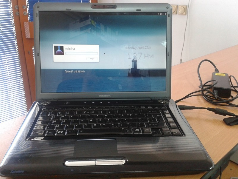 Laptop Toshiba Satelite A300