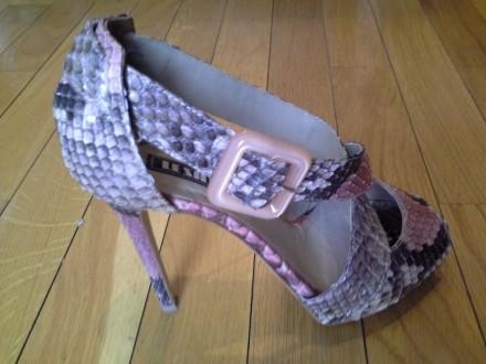 Le Silla sandale od zmijske kože