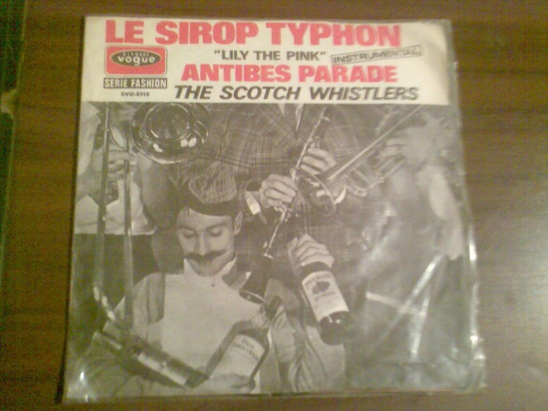 Le Sirop Typhon / En Passant La Frontière