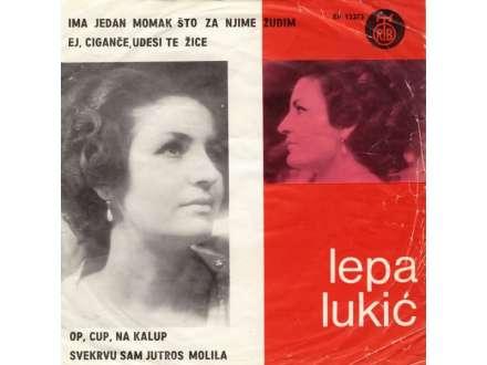 Lepa Lukić - Ima Jedan Momak Što Za Njime Žudim