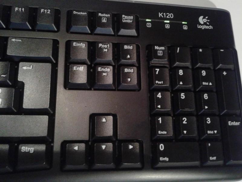 Logitech K120 DE Biznis tastatura