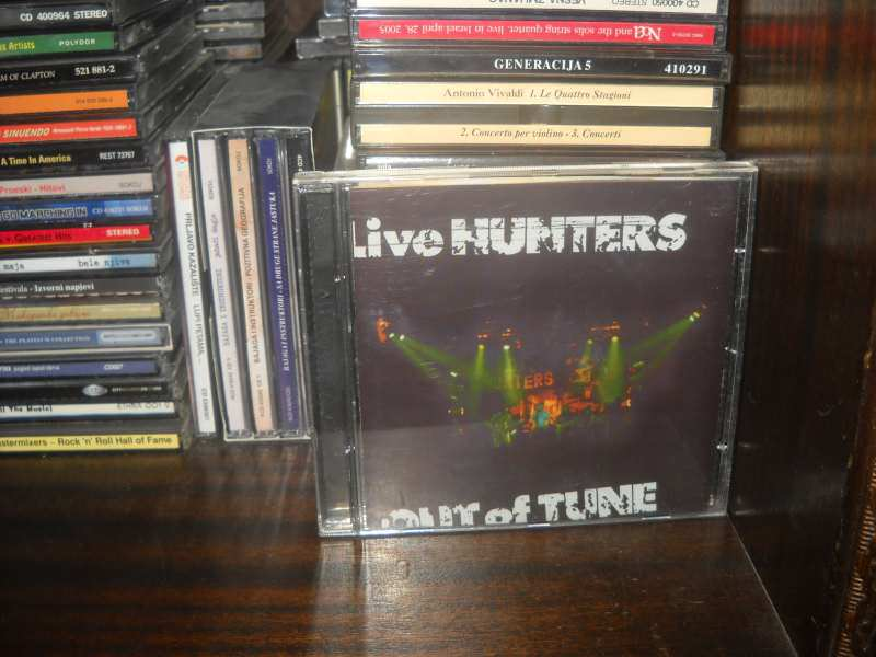 Love Hunters - Out Of Tune