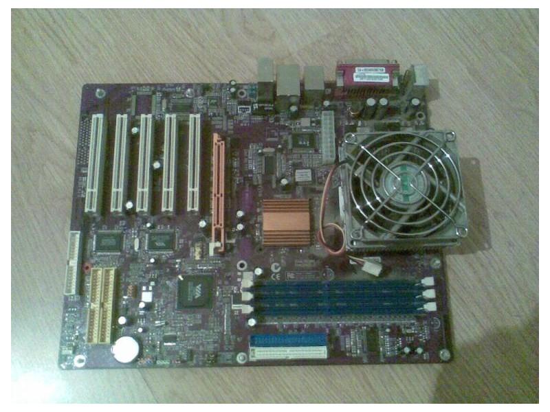 MATICNA PLOCA SA AMD procesorom 2,0