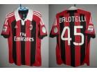 MILAN AC Mario Balotelli (Serie a) Extra redak dres !!!