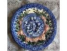 Majolika zidni ukrasni tanjir