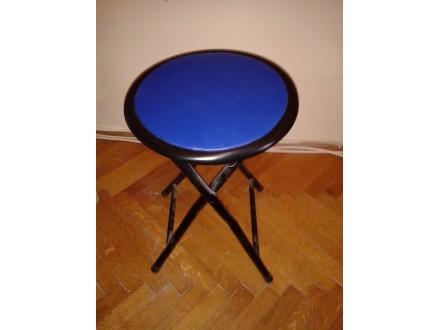 Mala rasklopiva stolica
