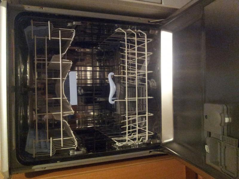 Mašina za pranje sudova Beko