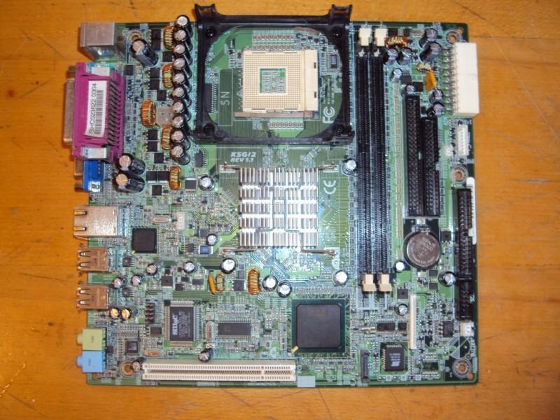 Matična Ploča D1644 KSG/2 za Fujitsu Scenic C610