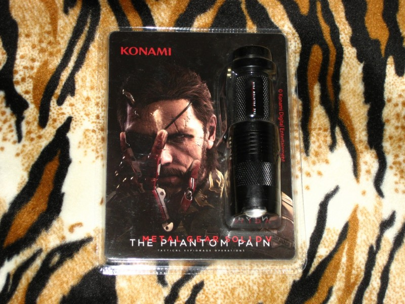 Metal Gear Solid V Phantom Pain Exclusive Led Torch