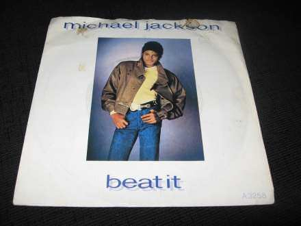 Michael Jackson - Wanna Be Startin` Somethin`