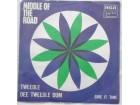 Middle  Of  The  Road  -  Tweedle dee tweedle dum