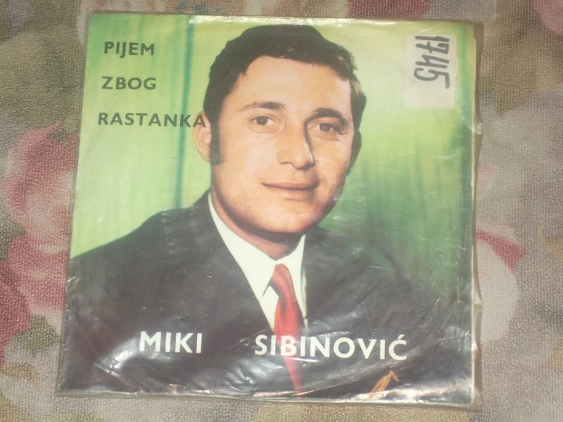 Miki Sibinovic - Pijem zbog rastanka